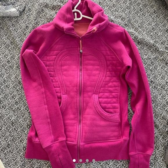 Pink lululemon jacket!(firm pricing)